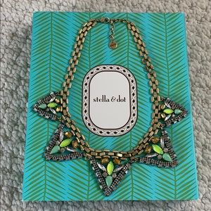 Stella& Dot necklace